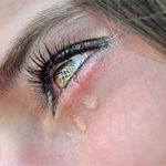 Почему люди плачут от счастья?
